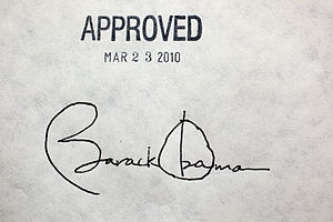 300px-Obama_healthcare_signature