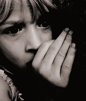 300px-Scared_Child_at_Nighttime